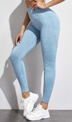 25 Best Butt Enhancing Push Up Leggings | Are you looking for affordable light blue gym leggings, best gym leggings outfit ideas, seamless yoga leggings, cheap workout leggings or just the best leggings for women? I got you! Great leggings can be hard to find, so here are the best workout leggings outfit ideas, that are also cheap workout leggings. Plus, high waisted yoga leggings, best yoga leggings outfit and gym leggings women. #yogaleggings#leggings#gymleggings#bestleggings#workoutleggings Best Yoga Leggings, Best Leggings For Women, High Waisted Yoga Leggings, Sports Leggings, Workout Leggings, Women's Leggings, Gymshark Flex Leggings, Ombre Leggings, Legging Outfits