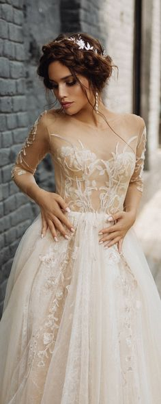 Long Sleeves Lace Wedding dress 'CLEMENTINE'