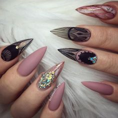 12 unique trending nail art designs for Hot nail right nail now in fashion. Stiletto nails, rainbow almond nails, Ombre rounded nail art designs for summer. Matte Stiletto Nails, Matte Acrylic Nails, Stiletto Nail Designs, Simple Nail Art Designs, Easy Nail Art, Nail Art Design 2017, Pink Nail Art, Round Nails, Manicure Y Pedicure