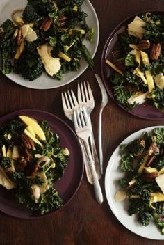 kale and apple salad w/ molasses vinaigrette and sugared pecans - to try