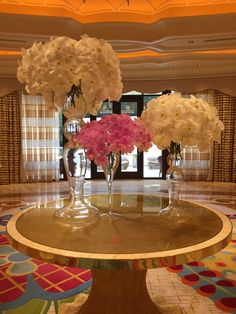 Beautiful flower arrangements at the Lobby of the Wynn, Las Vegas. Photo by Wendy Tomoyasu