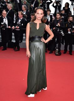 2015 Cannes Film Festival - Sicario Premiere - Alicia Vikander in Louis Vuitton