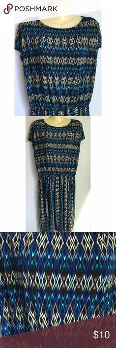 🎀 Tiana B dress Size large. 95% poly, 5% spandex. Elastic stretch waist. Unlined. Tiana B. Dresses