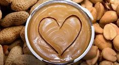 I love all things peanut butter. That's why, in my mind, I don't think we can go wrong with more guilt-free, protein packed, healthy peanut butter recipes! Peanut Butter Benefits, Healthy Peanut Butter, Peanut Butter Recipes, Healthy Baking, Healthy Food, Healthy High Calorie Foods, High Calorie Meals, Healthy Snacks For Diabetics, Health Snacks