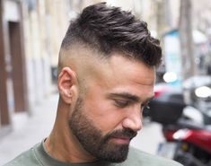 Sexy Hairstyles For Men Update) Hot Hairstyles For Men - High Skin Fade with Short Messy TopHot Hairstyles For Men - High Skin Fade with Short Messy Top Trendy Mens Haircuts, Latest Haircuts, Popular Haircuts, Hairstyles Haircuts, Cool Hairstyles, Mens Short Messy Hairstyles, Short Haircuts For Men, Mens Hairstyles Fade, Medium Hairstyles