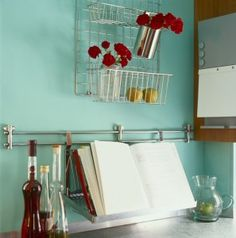 Sometimes you have unexpected expenses and need to cut the budget somewhere to adjust for a while. Here's a few recipe to use when your budget is tight. Home Organization Hacks, Organizing Your Home, Kitchen Organization, Organizing Tips, Kitchen Storage, Organized Kitchen, Wall Storage, Ideas Para Organizar, Frugal Family