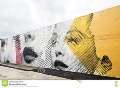 street-art-murals-midtown-miami-fl-december-s-central-district-wynwood-edgewater-neighborhoods-features-urban-mall-75360498.jpg (1300×957)