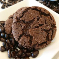 Chewy Chocolate Espresso Cookies-Chocolatey with Deep Coffee Flavor Crinkle Cookies, Chip Cookies, All You Need Is, Cookie Recipes, Dessert Recipes, Dinner Recipes, Chocolate Espresso, Espresso Coffee, Coffee Coffee