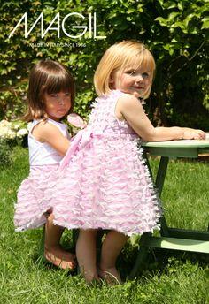 Dal mondo dei bimbi di Magil, dolce come il profumo dei biscotti: Buona Pasqua!!! - http://www.2fashionsisters.com/il-magico-mondo-di-magil/