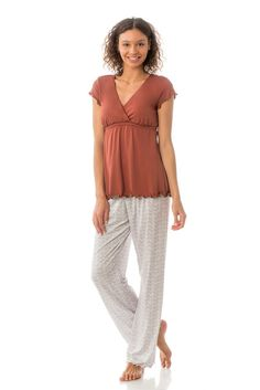 Majamas Genna Nursing PJ Set in Oyster. Please use coupon code NewProducts to receive 15% off these items. To receive the discount, please place your order by midnight Monday, February 1, 2016