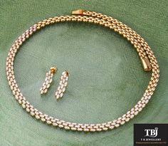 Elegant Diamond Necklace to highlight your neckline #tbjewellery #diamonds #girlslovediamonds #jewellery #tbjewellery #goldenmoments #gold #necklace