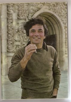 Peter Falk is one of my heroes. He's also looking mighty hipster in this pic.
