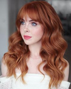Enhance your looks with this long, voluminous wavy hair with fringe bangs made by Bridal Hairstylist Kasia Fortuna (@kasia_fortuna). It will surprisingly give attitude to your overall appearance. Go to our website to discover all-time favorite long wavy hairstyle ideas. #longwavyhair #longwavyhairwithbangs Bridal Hair With Fringe, Wavy Bridal Hair, Bridal Hair Down, Bridesmaid Hair Down, Curly Hair Tips, Curly Hair Styles, Fringe Haircut, Fringe Bangs, Lomg Hair