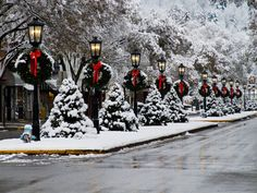 Downtown Snow in Wellsboro, PA, USA. (Photo provided by Penn Wells Hotel & Lodge and Wellsboro Area Chamber of Commerce) Noel Christmas, Merry Little Christmas, Country Christmas, Christmas Lights, Christmas Decorations, Xmas, Winter Christmas Scenes, Winter Scenes, Country Halloween