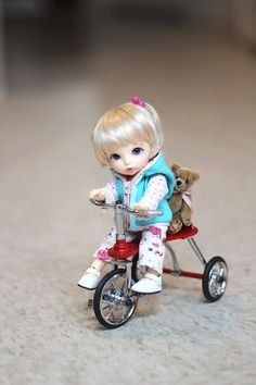 Tricycle fun~ by ♥YinYin♥, via Flickr