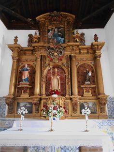 Ermita de San Blas. Retablo mayor. Todos los 3 de febrero el santero de esta ermita recorre Cebolla con una imagen del santo pidiendo donativos a los habitantes del pueblo.