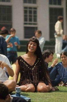 15 Groovy Photos Of High School Fashion In 1969