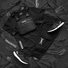 Kit Lab - ASRV Modern Fashion, Urban Fashion, Mens Fashion, Sport Outfits, Casual Outfits, Men Casual, Fast Sports Cars, Warm Winter Hats, Adidas Outfit