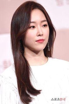 Korean Star, Korean Girl, Katrina Kaif Hot Pics, Seo Hyun Jin, Beauty Inside, Korean Actresses, Korean Beauty, Kdrama, Girls
