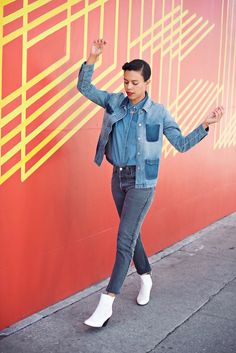 The key to wearing denim on denim is to play with the different shades of denim. Here I went with a chambray shirt, vintage inspired jacket and faded black denim jeans. Blogger street style ootd.