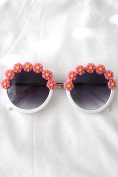Daisy Dream Sunglasses (coral)