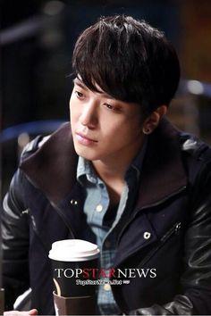 Jung Yong Hwa : PD  Park Seju