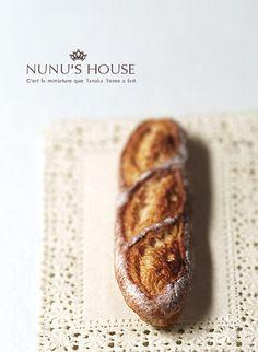 *小さなバゲット* - *Nunu's HouseのミニチュアBlog* 1/12サイズのミニチュアの食べ物、雑貨などの制作blogです。