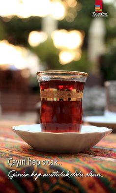Çayın hep sıcak.. Günün hep mutluluk dolu olsun.. Bugün Cuma.. Şükürler olsun.. #Cuma #Friday #TGIF