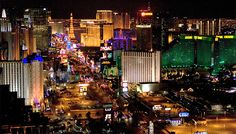 How do you enjoy Las Vegas on a shoestring budget? Shhhhh! These 6 secrets will teach you just how!