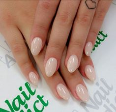 20 kurze ovale Nägel – Nagellack, You can collect images you discovered organize them, add your own ideas to your collections and share with other people. Blush Nails, Nude Nails, Gel Nails, Sparkle Nails, Coffin Nails, Nail Polish, Acrylic Nails Natural, Natural Nails, Oval Acrylic Nails
