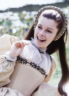 Geneviève Bujold on the set of Anne of the Thousand Days Dir: Charles Jarrott Historical Costume, Historical Clothing, Tudor Dress, British Costume, Catherine Of Aragon, Tudor History, British History, Tudor Era, Queen Of England