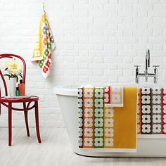 Orla Kiely Homewares bath towels in multi flower print add a beautiful touch to any bathroom decor & are extremely high quality. Retro Home, Decor, Yellow Bathrooms, House Styles, Striped Towels, Bathroom Interior, Orla Kiely Towels, Pretty House, Home Decor