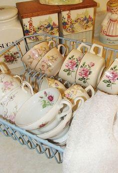 belle vaisselle de grand-mère