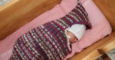 Meidän kodissa eletään nyt vauvantuoksuista hiljaiseloa, ja samanmoisia kiikun narinoita voi kuulla Sakrunkin luona. Pikku pikkuruiset kas... Learning Process, Baby Knitting Patterns, Baby Sewing, Shag Rug, Knit Crochet, Crafts, Crocheting, Knits, Easy