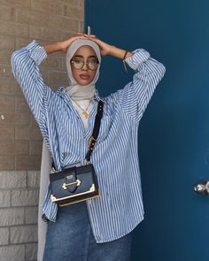 outfit for date casual Hijab Fashion Summer, Modest Fashion Hijab, Modern Hijab Fashion, Street Hijab Fashion, Hijab Casual, Hijab Fashion Inspiration, Muslim Fashion, Mode Inspiration, Look Fashion
