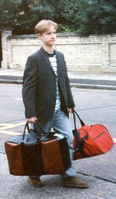 Martin Freeman - 1989 (so he's 18 years old) *squashes sudden desire to write collegelock fanfics*