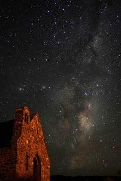 starry sky on church,Tekapo, New Zealand テカポの教会と星空