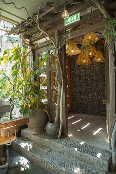 Restaurant Little V Rotterdam_MASA architects (Hiroki MAtsuura + René SAngers)_© Bill de Klimpe-03