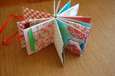 scrabook album projects   ... how to make this envelope mini album on our mini books Yahoo group