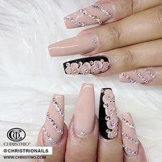 Leave a  if you love this set by Christrio educator @nails_by_verovargas  Come visit her & all of our other amazing nail educators here at Image Expo Dallas, Booth 402! #Christrio #ChristrioNails