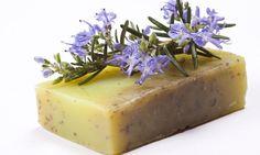 Cómo hacer Jabón de hierbas aromáticas