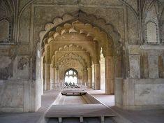 Fort Rouge De Delhi, Bâtiments