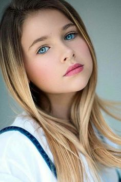✔some of the most beautiful eyes you will ever see 5 « The Beauty Products Most Beautiful Eyes, Beautiful Little Girls, Stunning Eyes, Gorgeous Eyes, Beautiful Girl Image, Beautiful Face Women, Gorgeous Girl, Hello Beautiful, Beautiful Ladies