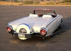 Thunderbird Convertible w/ Continental Kit Ford Classic Cars, Classic Chevy Trucks, Ford Thunderbird, Ford Motor Company, Austin Martin, Jaguar, Convertible, Us Cars, Sport Cars