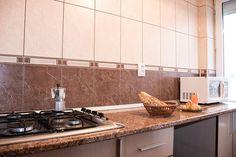 Alojamientos en Plaza de la Universidad y la Ciudad Vieja. Plaza, Kitchen Cabinets, Home Decor, Lodges, Bucharest, University, City, Flats, Kitchens