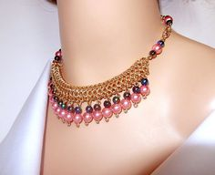 Bebé rosado y negro de la perla collar collar babero de