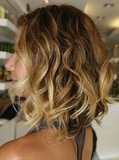 Layered Messy Ombre Hair with Waves
