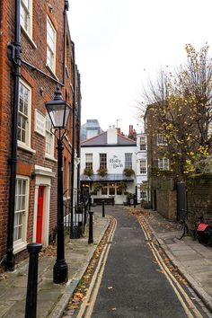 London Blog, London Guide, Old London, Autumn Aesthetic, City Aesthetic, Wonderful Places, Beautiful Places, British Countryside, London Apartment