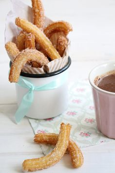 CE certificate stainless steel churros making machine with cutter electr. CE certificate stainless steel churros making machine with cutter electric fryer Choux Pastry, Party Finger Foods, Food Journal, Fabulous Foods, Yummy Snacks, Diy Food, Food Inspiration, Sweet Recipes, Food Photography