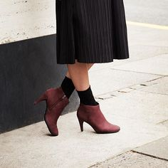 Timeless and chic at the same time, the ECCO SHAPE ankle boot is a must-have for…
